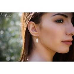 Hoop Wire Leaf Earring