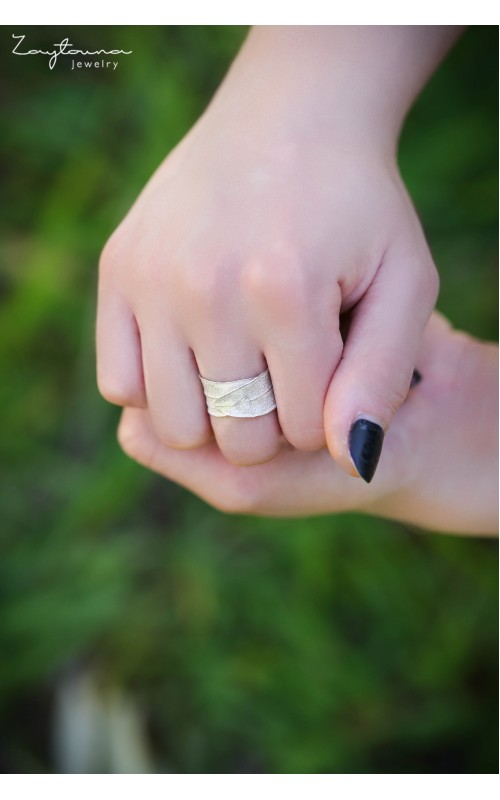 Two Wrapping leaves ring